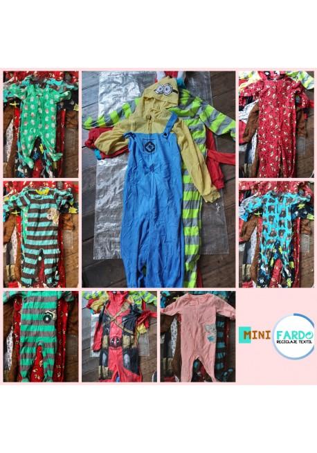 Pack 50 pijamas con patitas