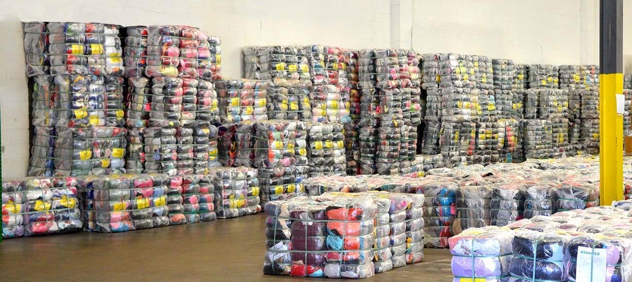 54860097f6 Mini fardos ropa americana y europea - MINI FARDO ropa americana y ...